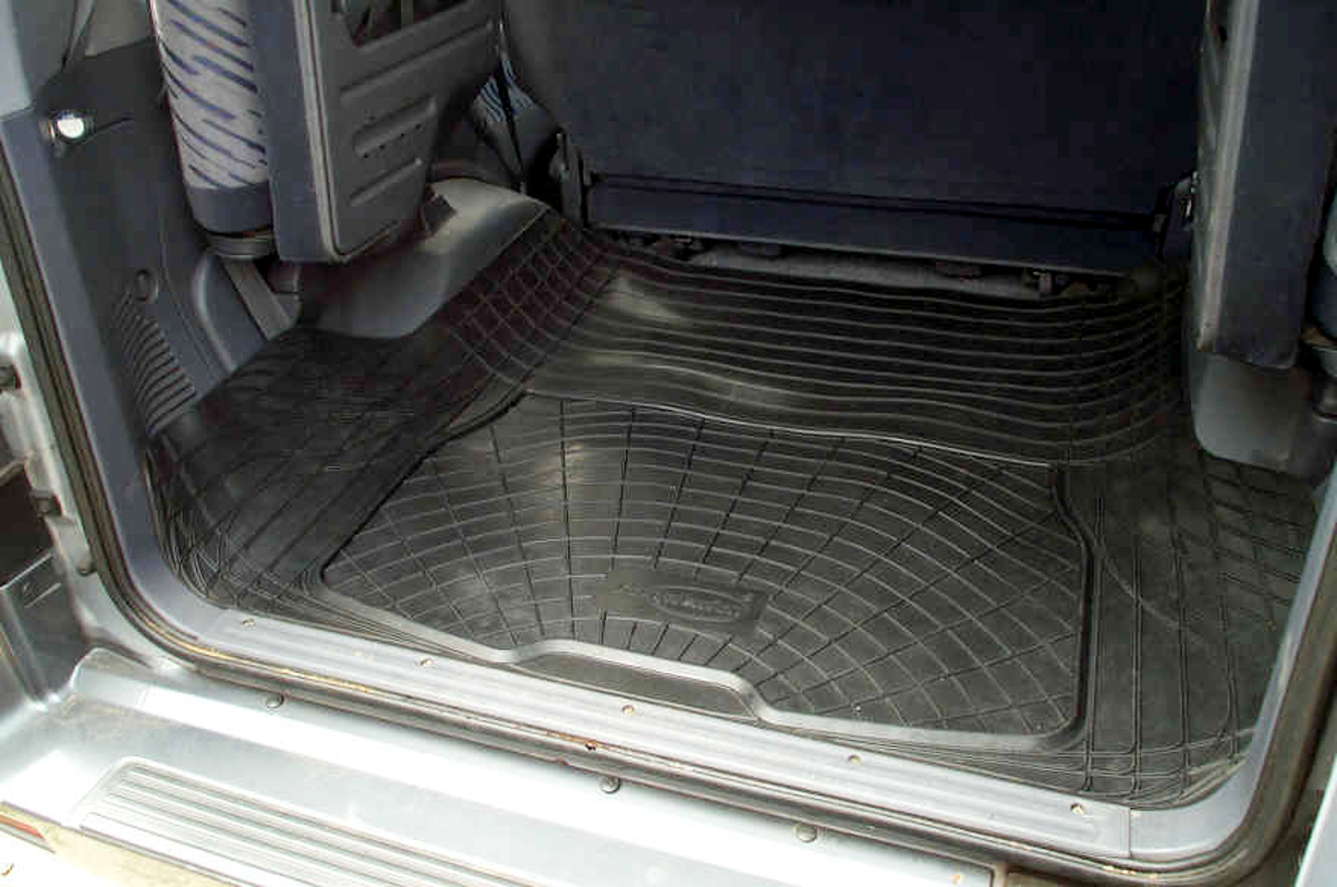 Toyota Land Cruiser Colorado Mats >> Boot liner dog load mat Toyota 80 series Land Cruiser anti slip natural rubber | eBay